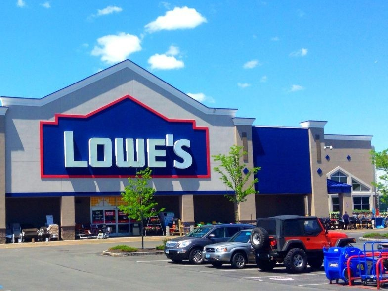 Magasin Lowe's à Bristol, Connecticut, Etats-Unis.