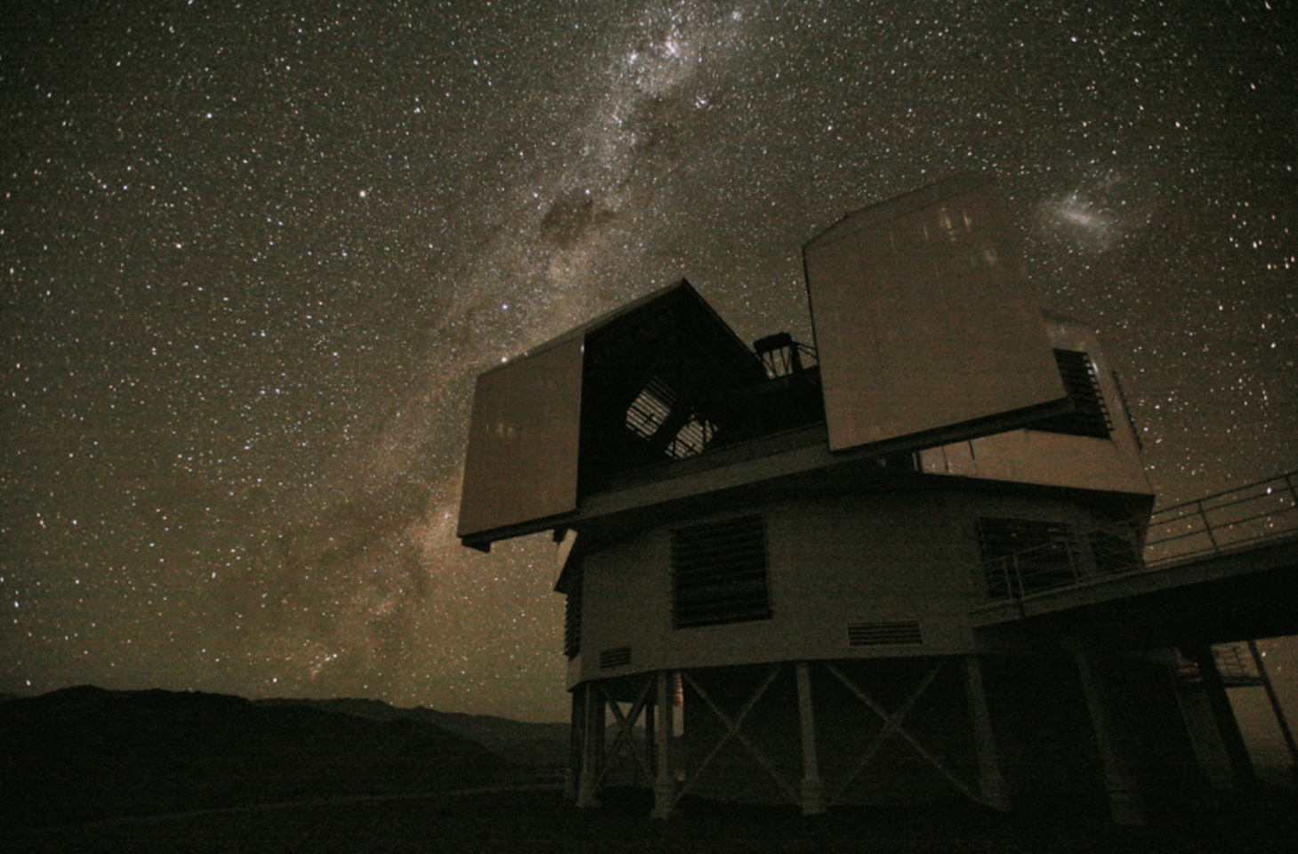 The 6.5m Magellan Baade telescope at the Las Campanas Observatory, Chile.