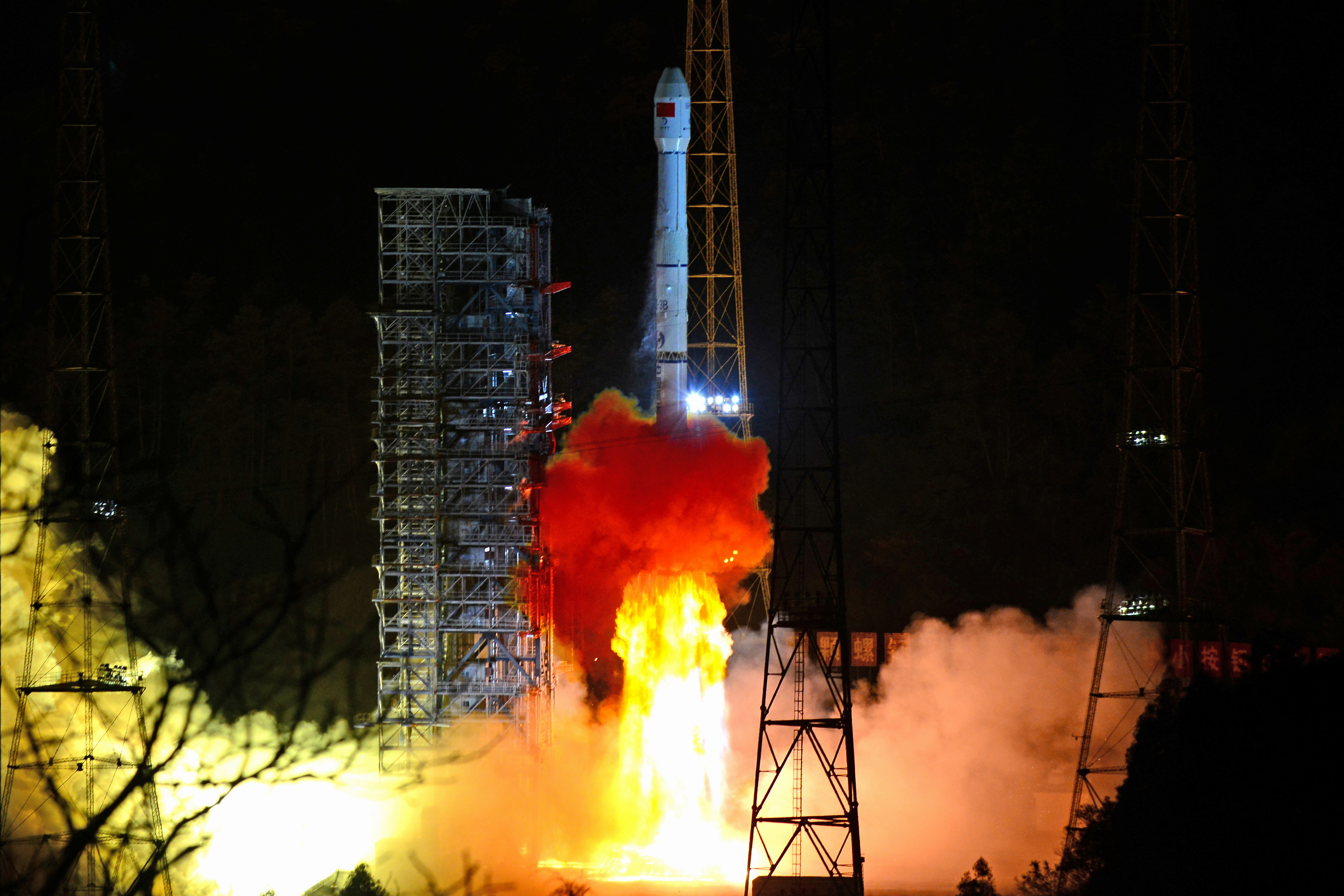 A Long March-3B rocket carrying Chang'e 4 lunar probe takes off from the Xichang Satellite Launch Center in Sichuan province, China December 8, 2018.  REUTERS/Stringer ATTENTION EDITORS - THIS IMAGE WAS PROVIDED BY A THIRD PARTY. CHINA OUT. - RC16A092E350