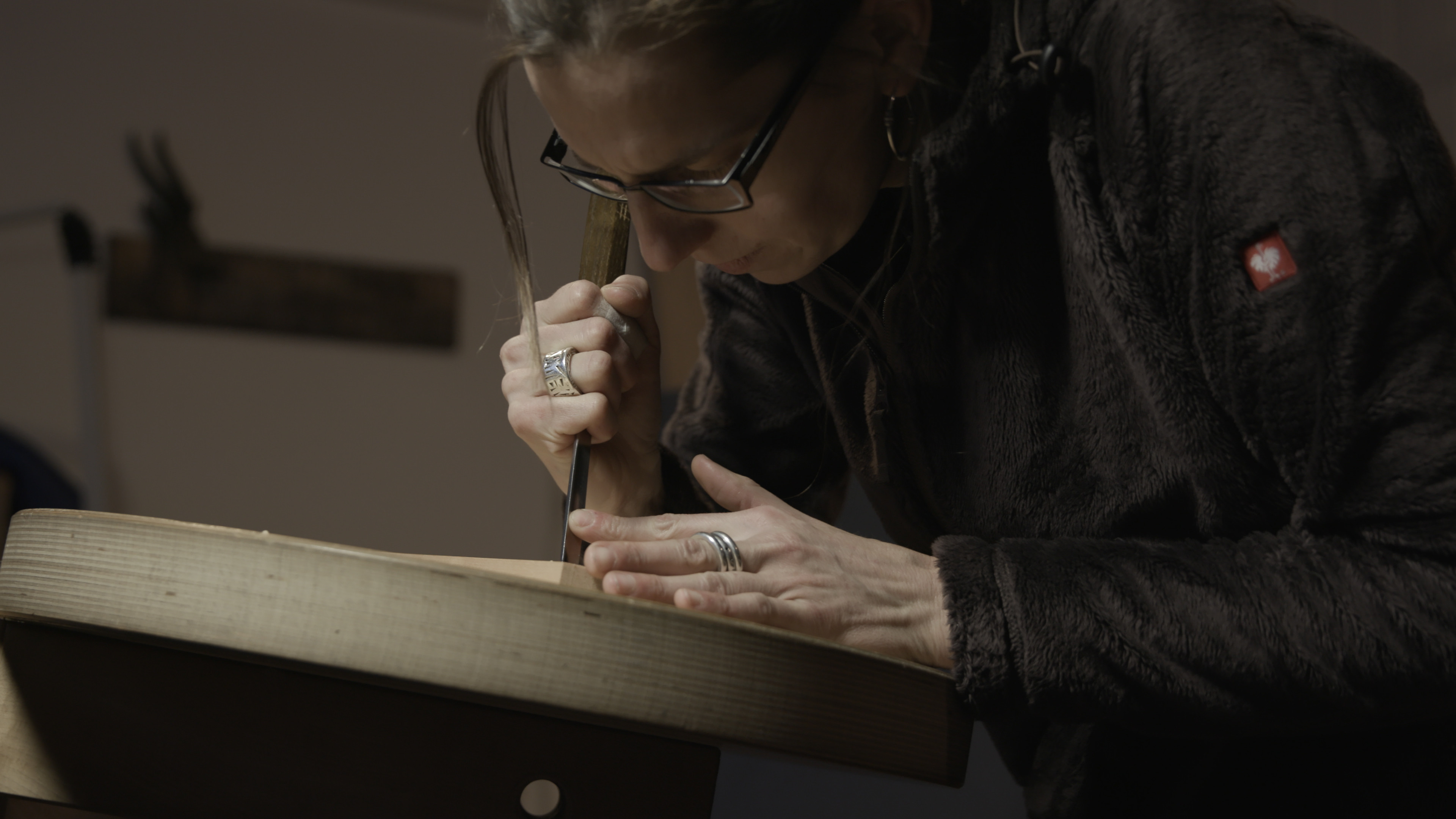 Franziska Frütiger is an independent woodcarver