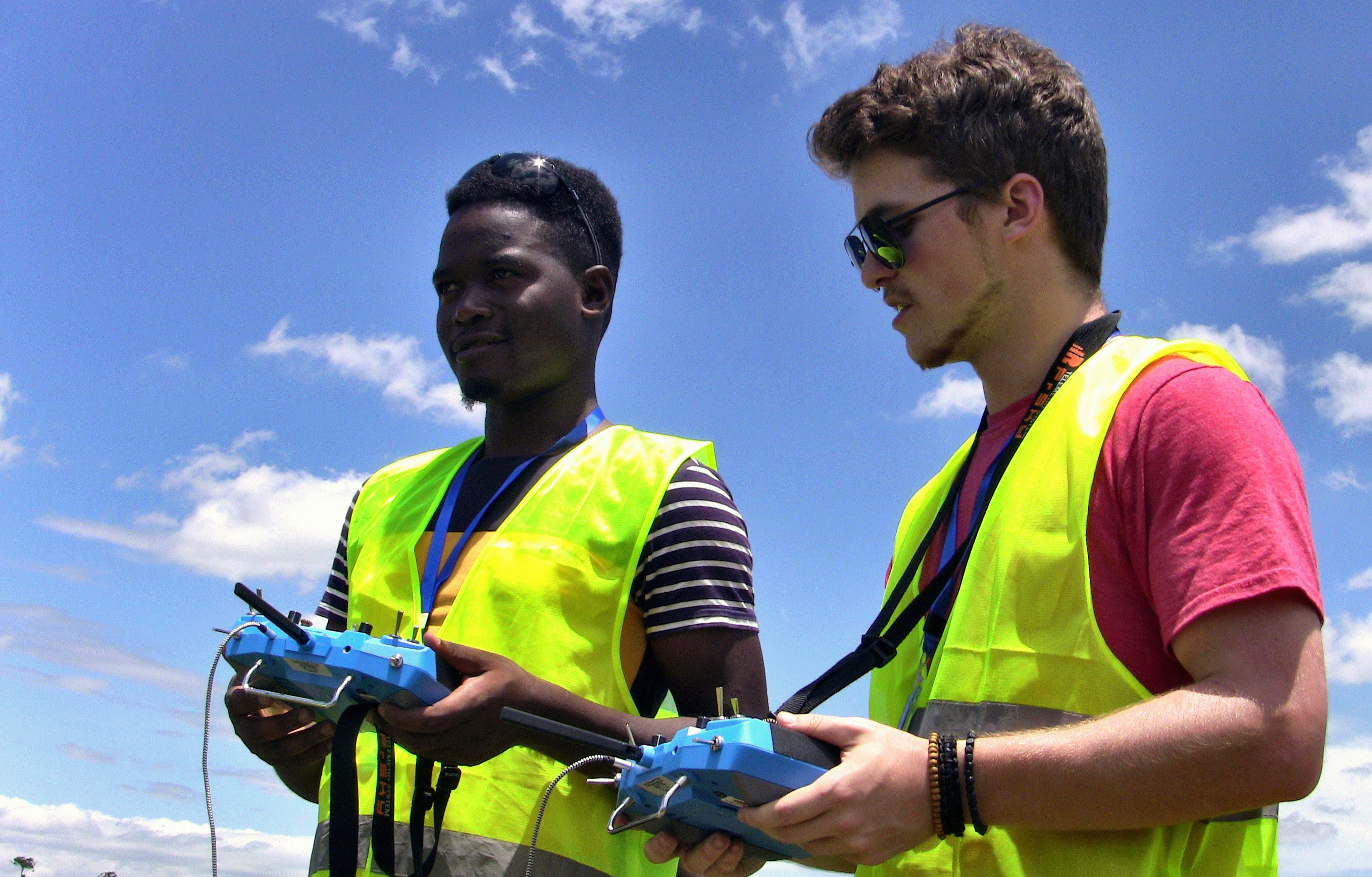 An instructor teaches how to operate a drone at the newly opened African Drone and Data Academy in Lilongwe, Malawi, January 24, 2020. Picture taken January 24, 2020. REUTERS/Eldson Chagara - RC28QE9M4AP3