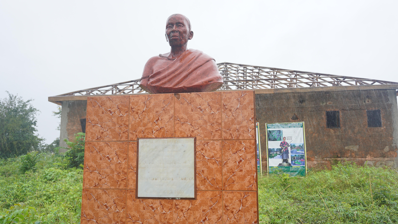 Yaa Asantewaa statue at the Yaa Asantewaa Museum locate at Ejisu.