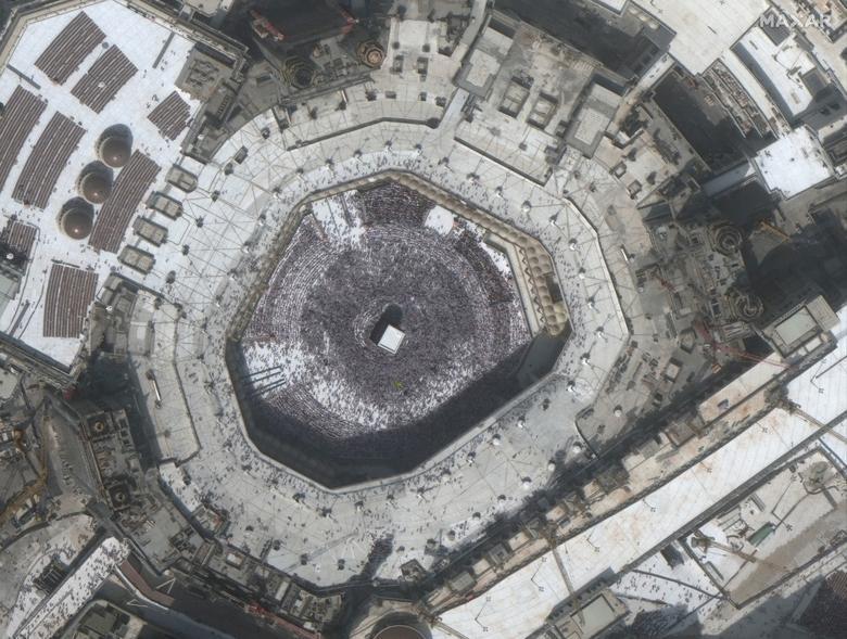 SEBELUM: Ka'bah di Masjidil Haram di kota suci Mekah, Arab Saudi, 14 Februari 2020.