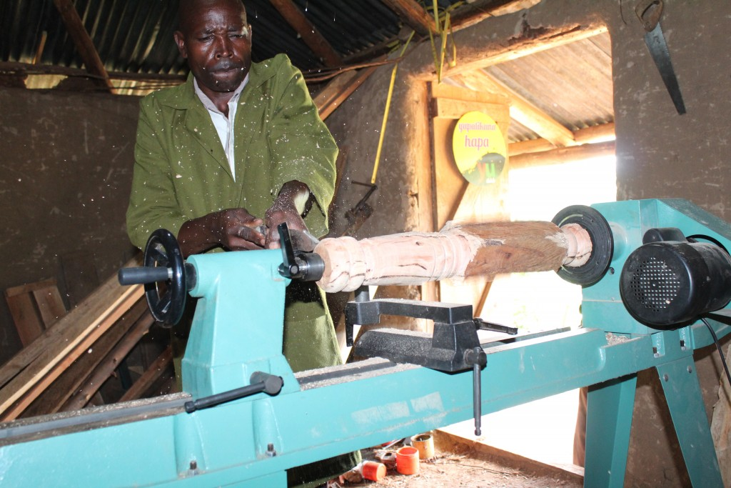 Drivnig local commerce and aiding economic development Powerhive